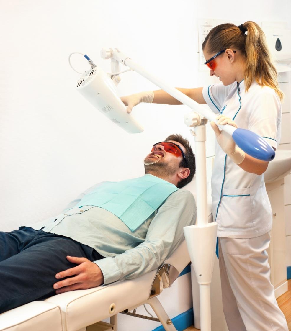 Białe zęby w godzinę